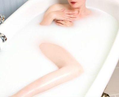 Avižų vonia: pagalba labai sausai odai