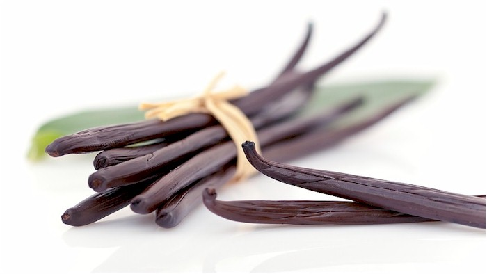 Vanilės maceratas: pasigaminkime namie kvapnų aliejų kūnui