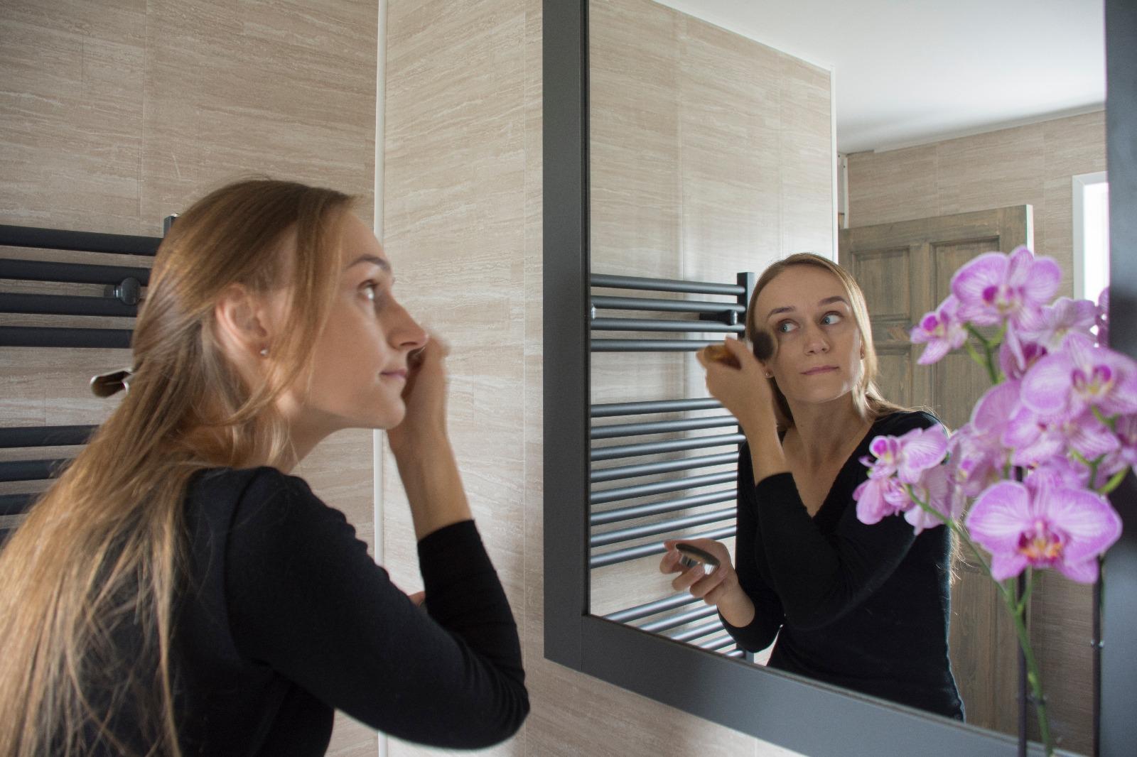 naturali dekoratyvine kosmetika