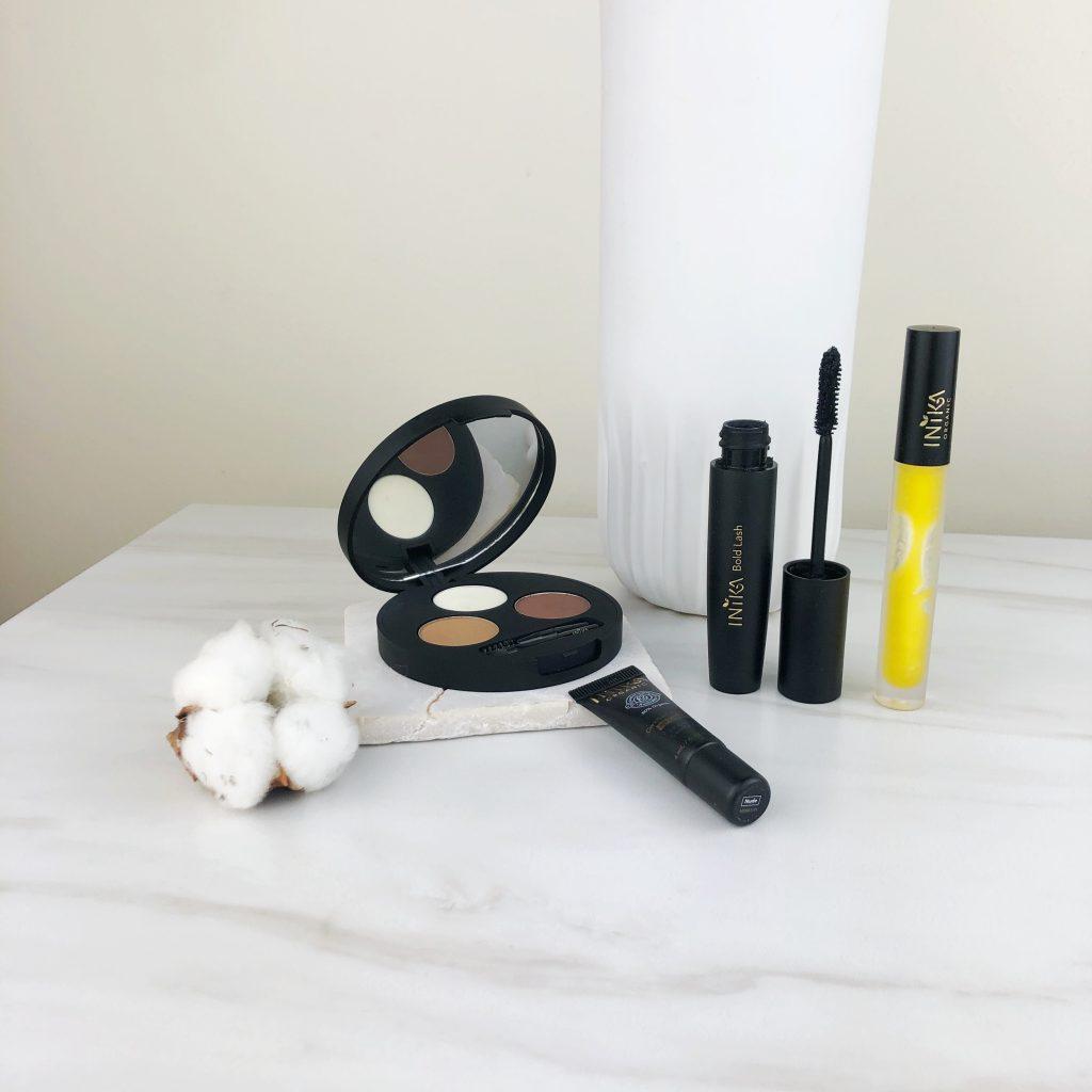 Dekoratyvinė Inika kosmetika
